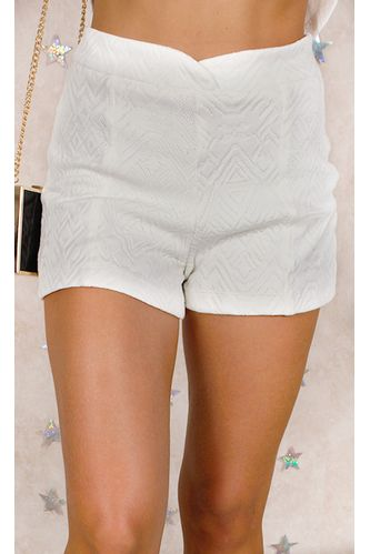 99.shorts.branco.fashioncloset
