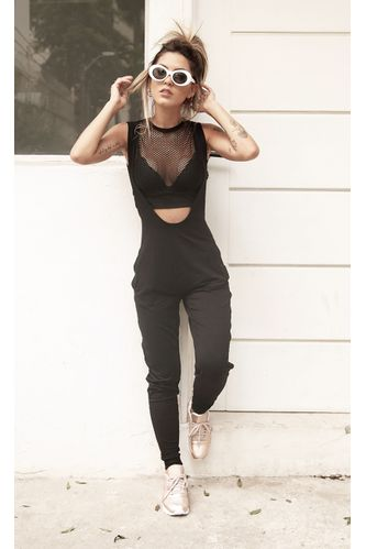 macacao-amplo-stylish-preto