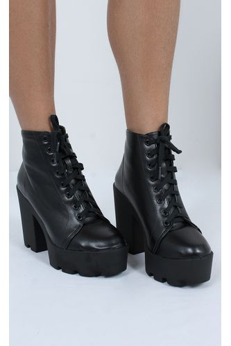 bota-katy-tratorada-preto