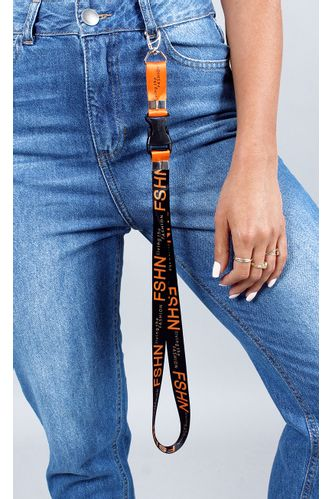 fashion-closet-lanyard-living-laranja