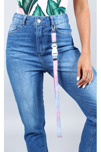 fashion-closet-lanyard-living-rosa