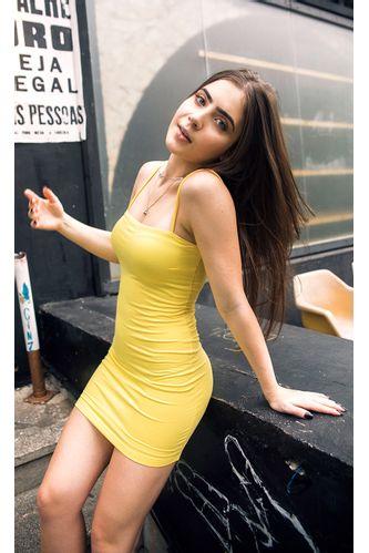 vestido-sunshine-decote-reto-amarelo