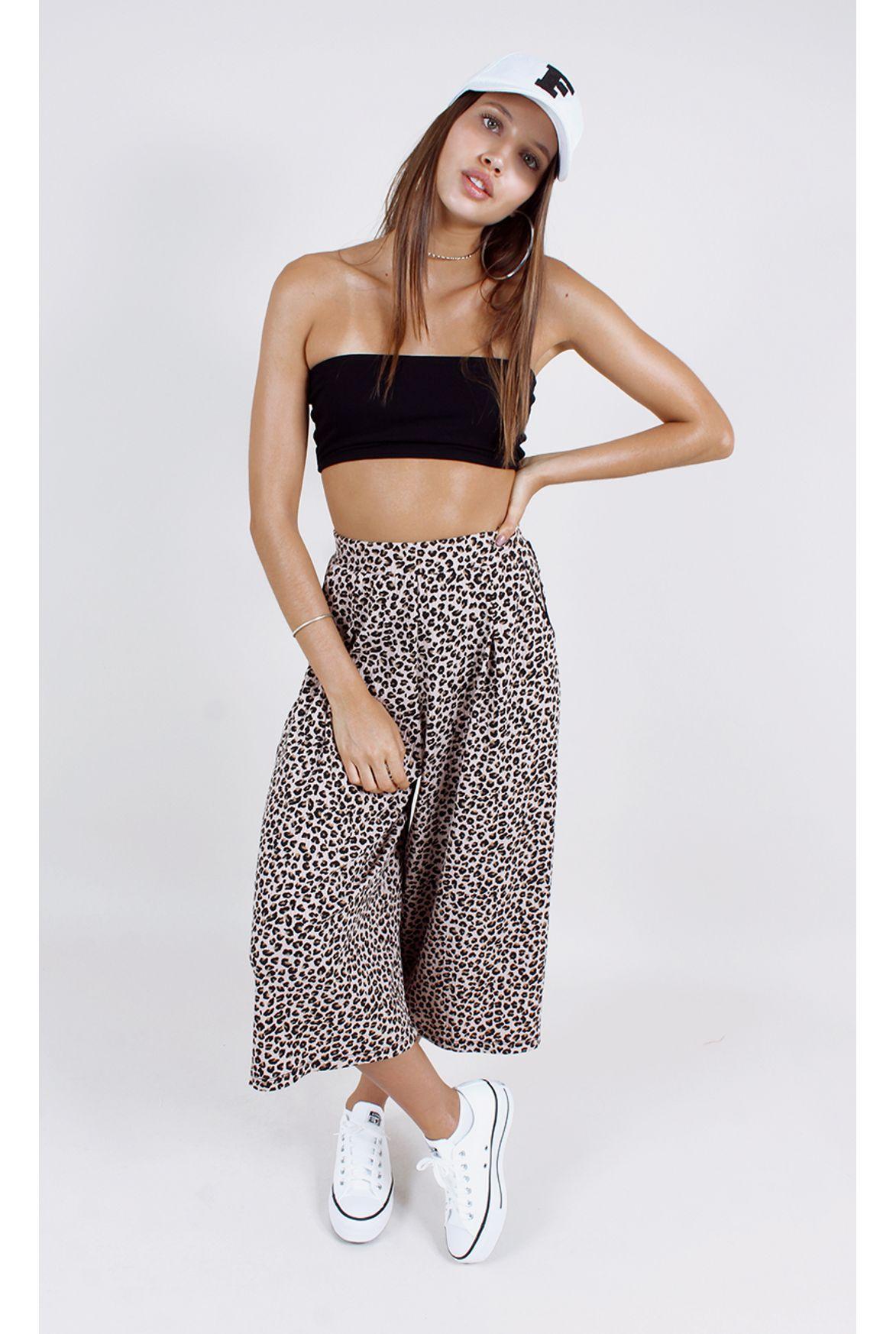 208bd4954 calça leopard pantacourt estampa - Fashion Closet