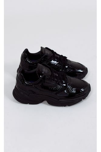 tenis-adidas-falcon-out-loud-preto