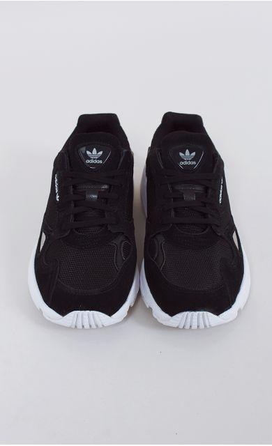 tenis-adidas-falcon-w-29-preto