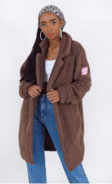 casaco-teddy-longo-FSHN-marrom