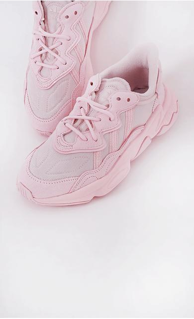 tenis-adidas-ozweego-w-rosa-claro