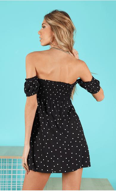 vestido-ayla-poa-ombro-a-ombro-preto